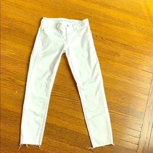 Never been worn white skinny jeans!